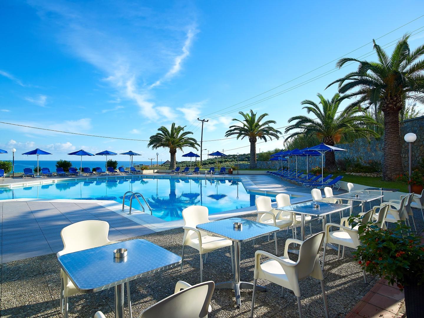 Hotel eleftheria agia marina chania for Design hotel kreta